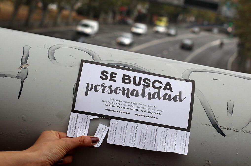 #SeBuscanVoluntarios